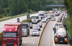 highway-1277246_1280